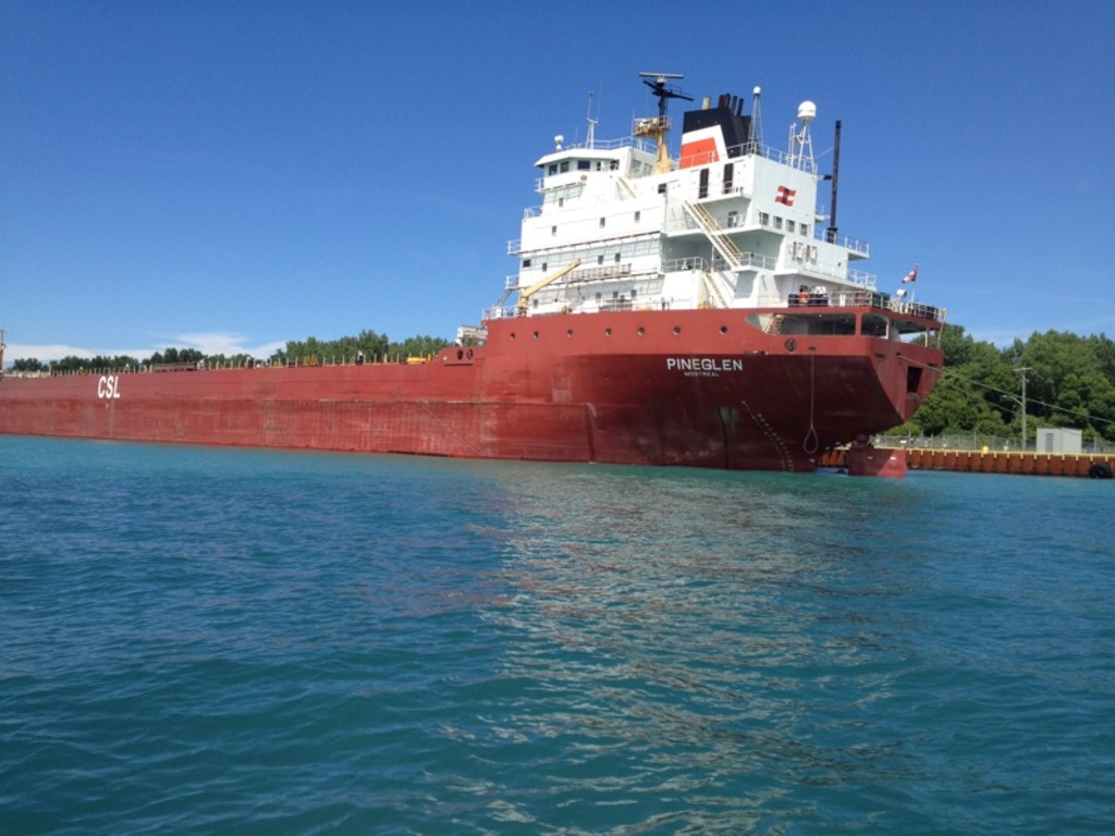 picture of great lakes ship: Pineglen