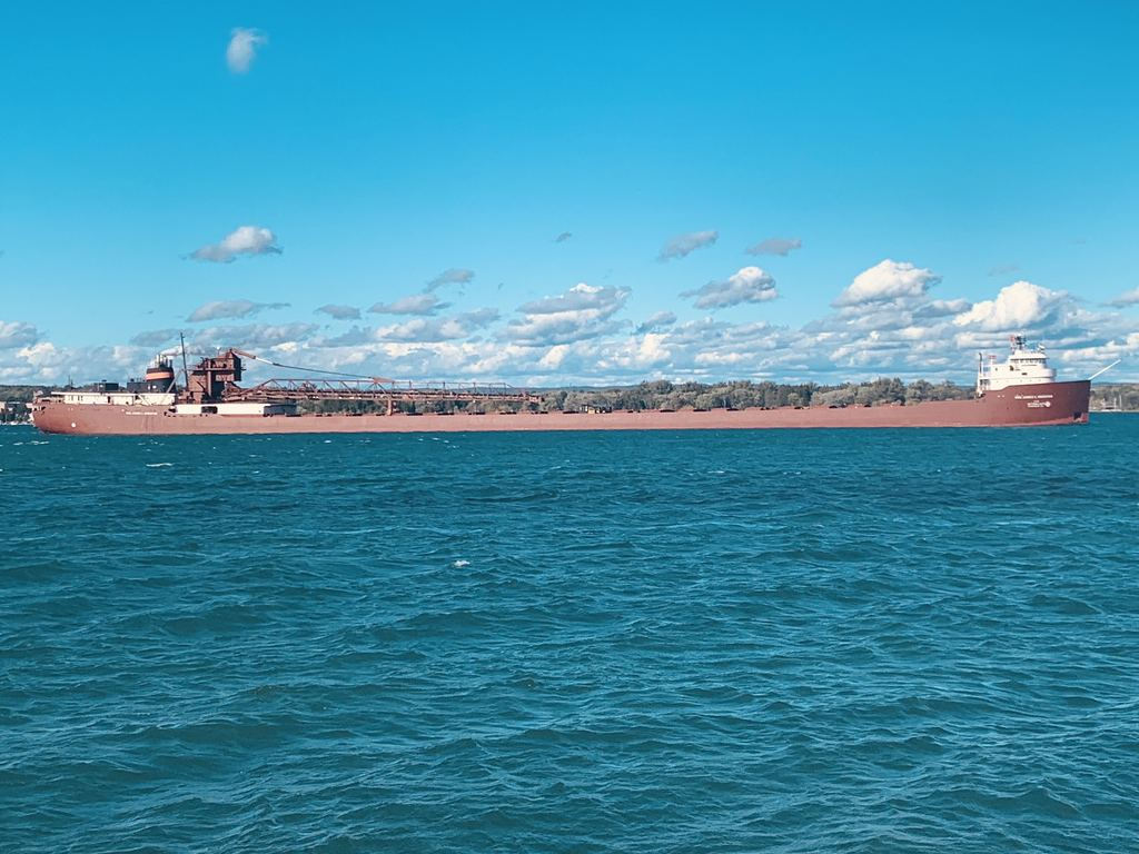 Hon. James L. Oberstar  picture