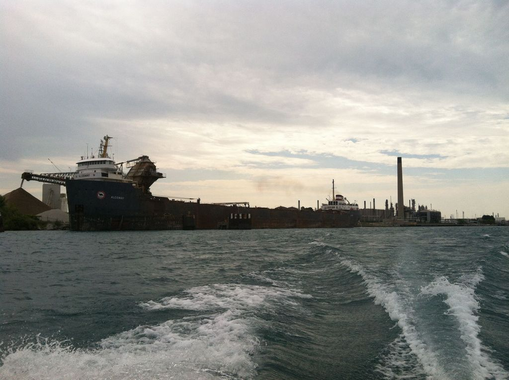 picture of great lakes ship: Algoway