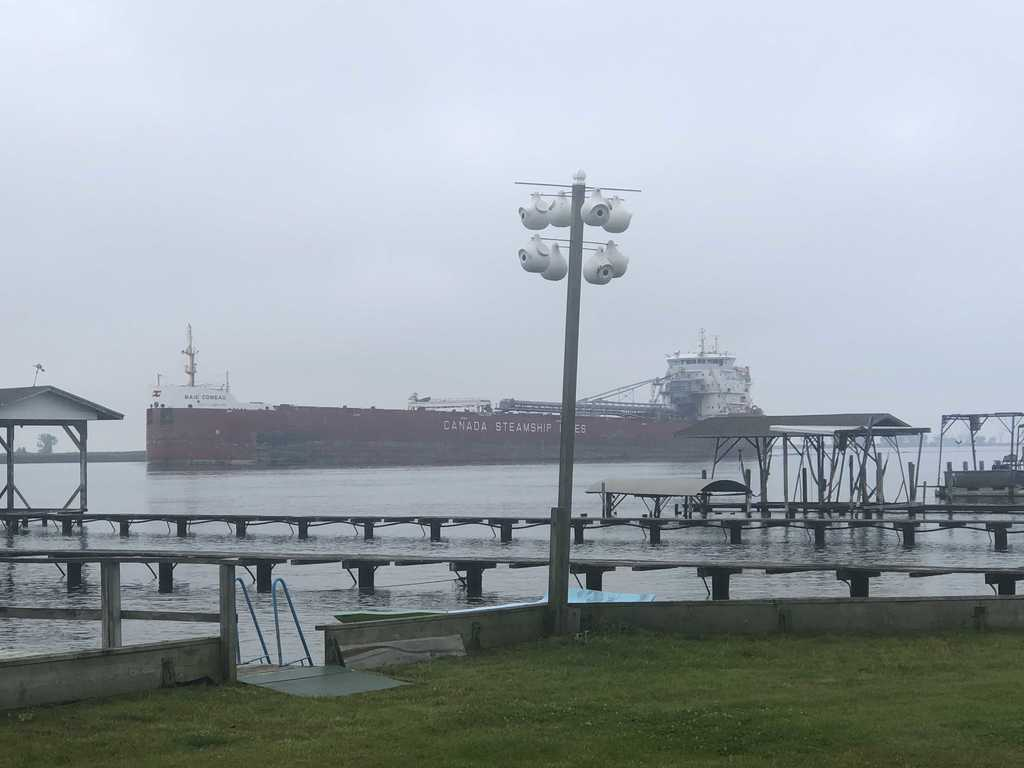 picture of great lakes ship: Bake Comeau