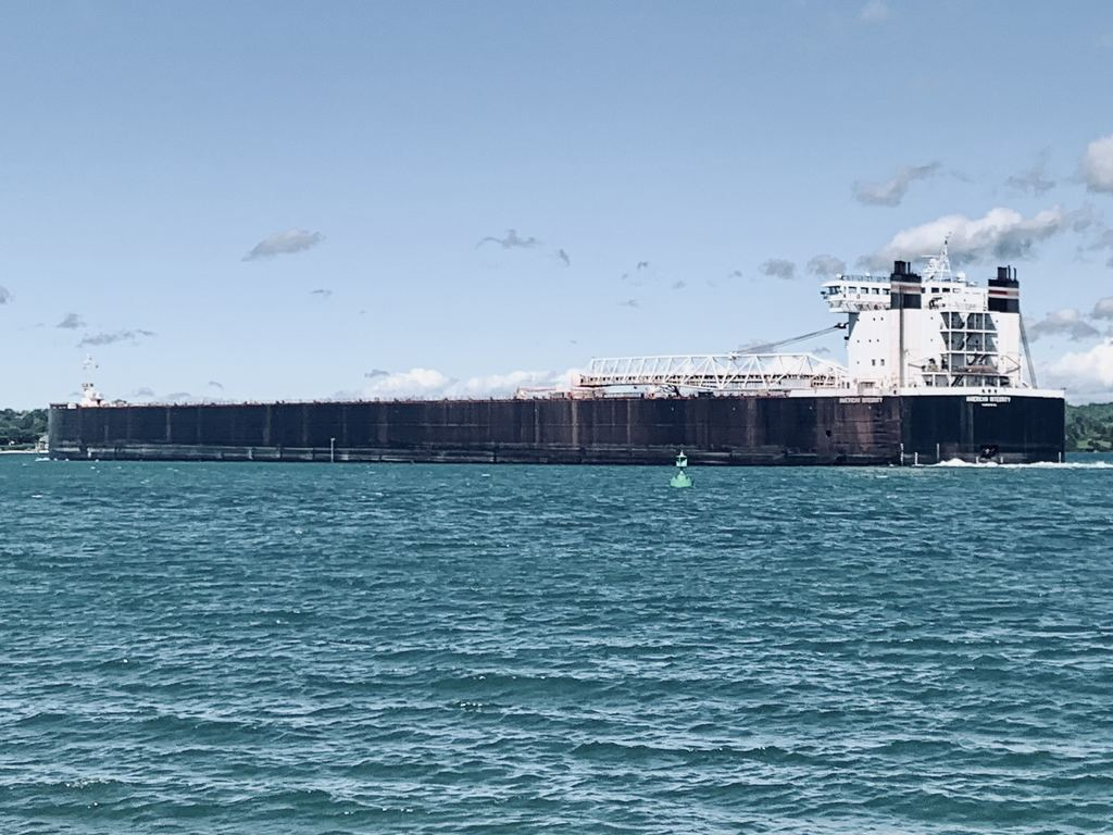 picture of great lakes ship: American Integrity